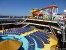 Carnival-Breeze-pool