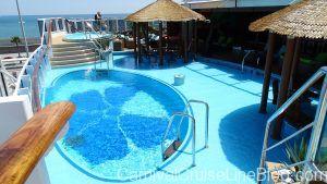 Vista Havana Pool